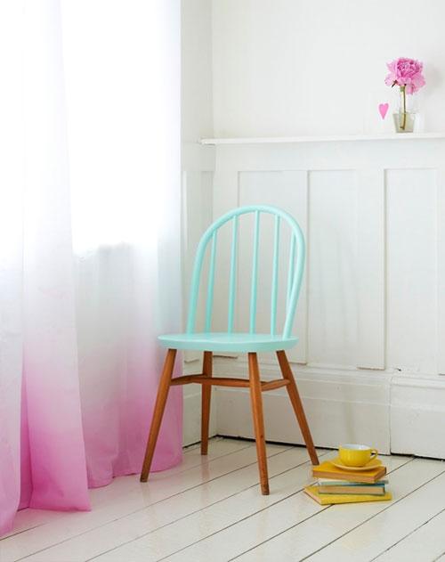 Белые шторы в интерьере детской комнаты