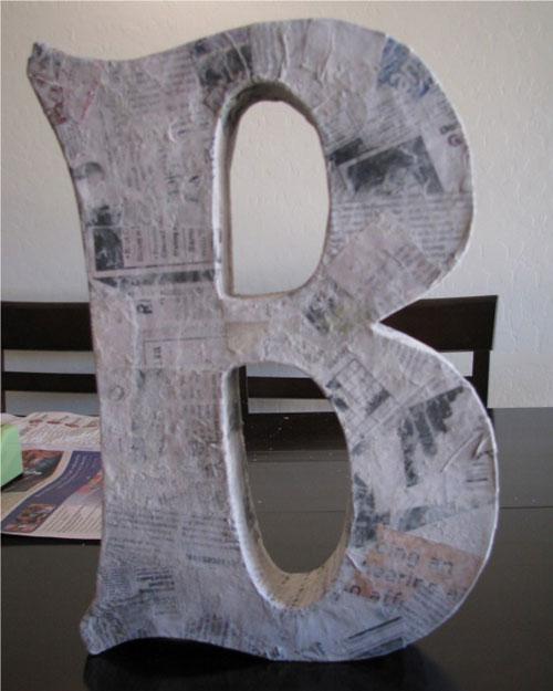 Буквы из картона своими руками, изготовленные в технике папье-маше