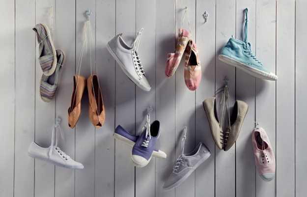 Хранение обуви на крючках