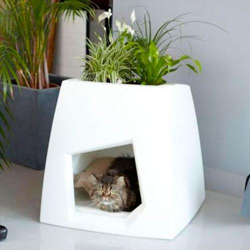 Как сделать домик для кошки подходящим к интерьру