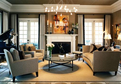 Дизайн большой гостиной комнаты в классическом стиле