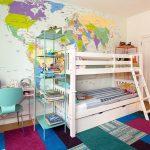 Фото 114: Дизайн детской с картой на стене для двух детей