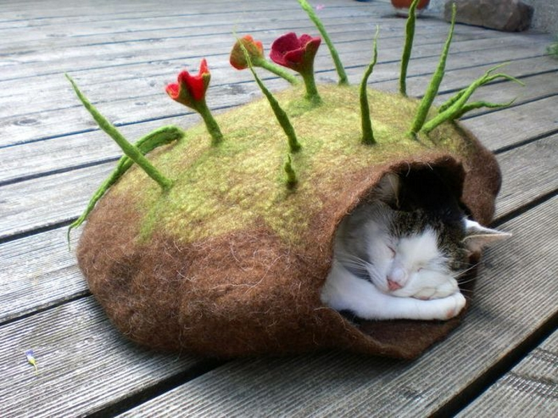 Домик из войлока для кошек