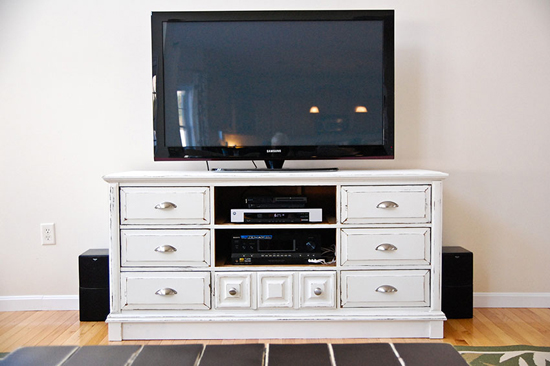 Размеры телевизора по отношению к комоду
