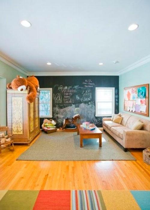 Использование грифельного покрытия в дизайне детской комнаты в гостиной