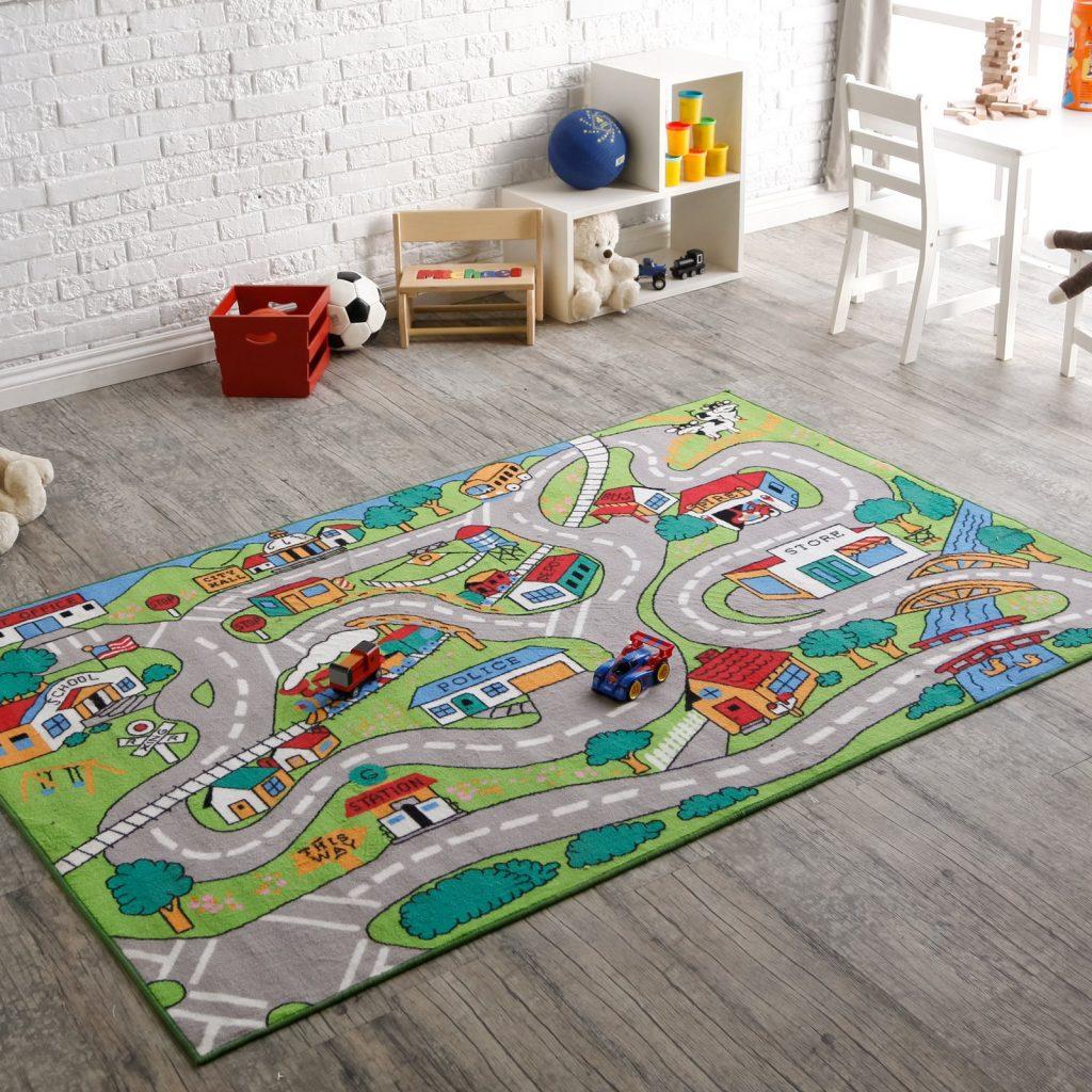 Ковер для игр в детской комнате
