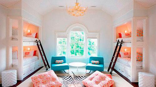 Использование двухъярусных кроватей для дизайна детской комнаты в гостиной