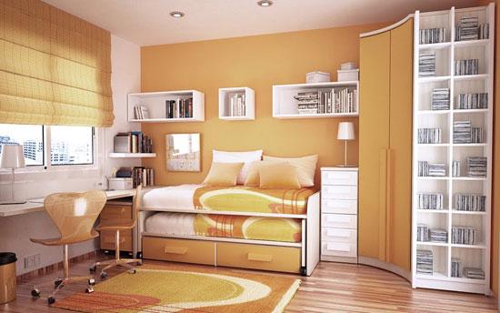 Выкатная кровать в маленькой детской комнате