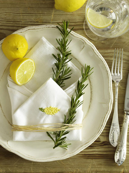 decorating-ideas-plate-napkin-rosemary-sprigs-lemons