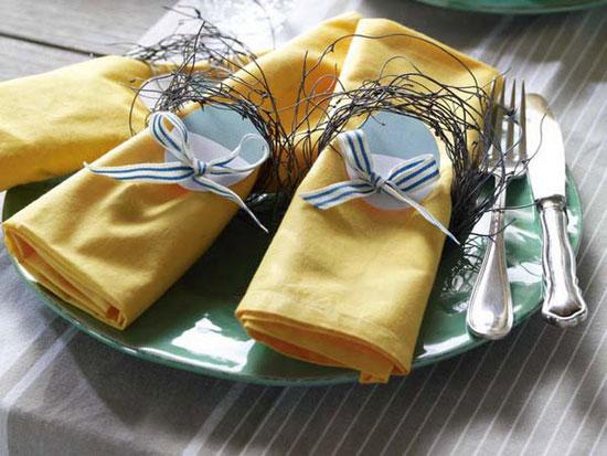 Украшение праздничного стола салфетками фото