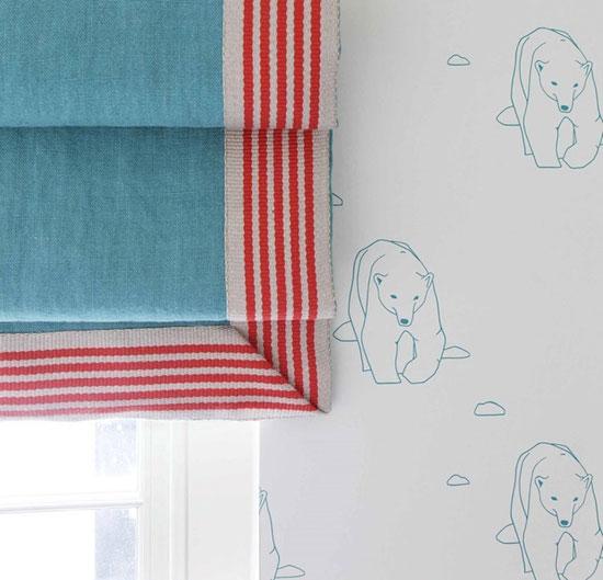 Текстильное оформление окна в детской комнате