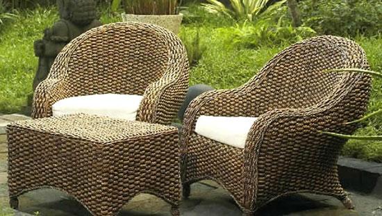 Искусственная плетеная мебель в интерьере фото