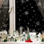 Фото 62: Композиции на окне из бумажных домиков