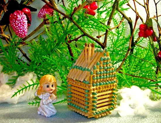 Рождественский домик из спичек своими руками