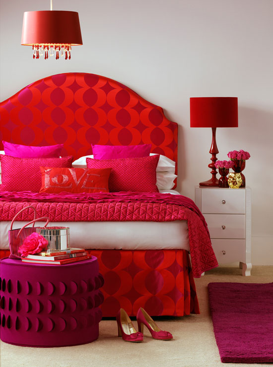 outstanding-red-pink-bedroom-design-decorating-ideas-with-pillows-and-pendant-lamp-and-rug