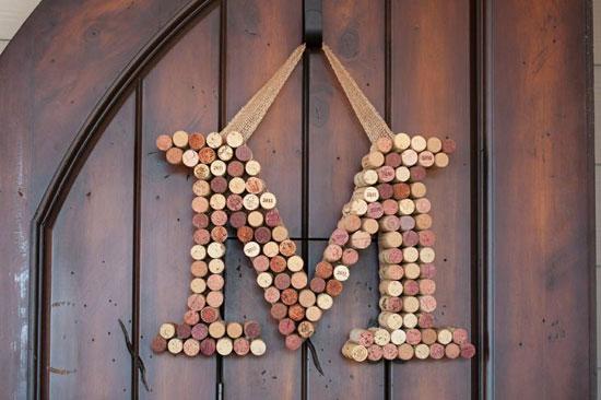 Поделки из винных пробок своими руками: объемные буквы