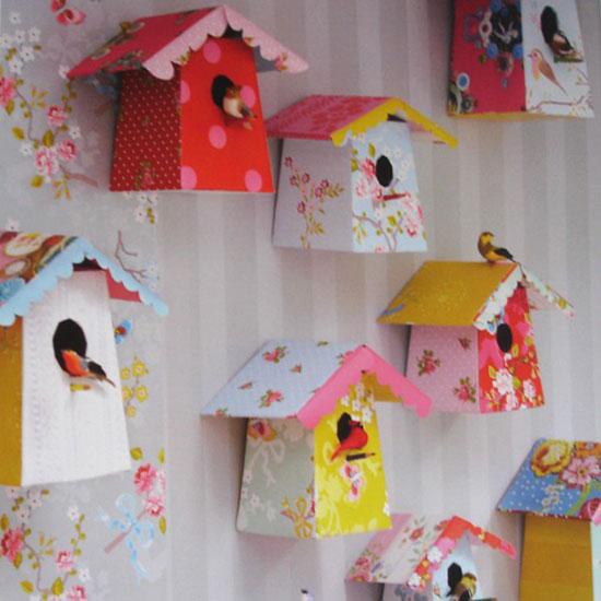 Декорирование пустой стены в детской комнате