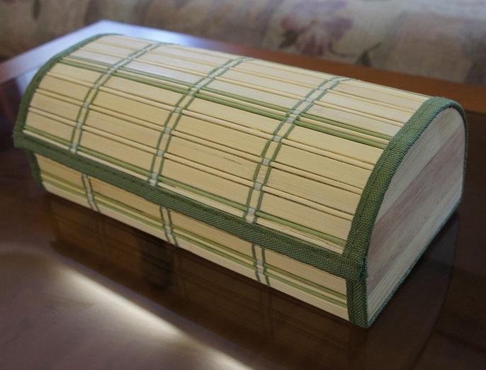 Шкатулка из бамбуковой салфетки сбоку