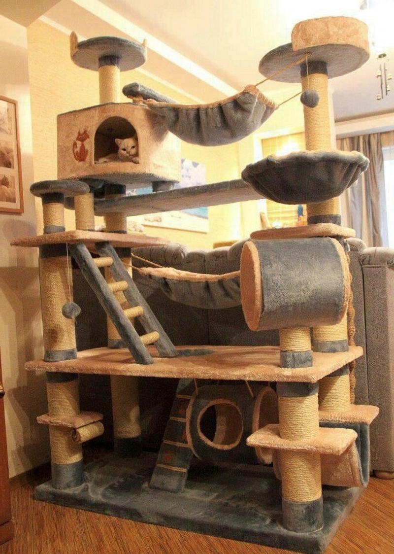 Мягкий лабиринт для кошки с лежанкой
