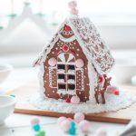 Фото 77: Пряничный домик для украшения к Новому Году