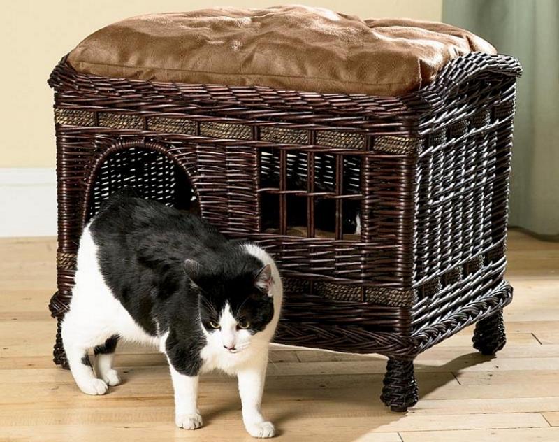 Плетеный кошачий домик