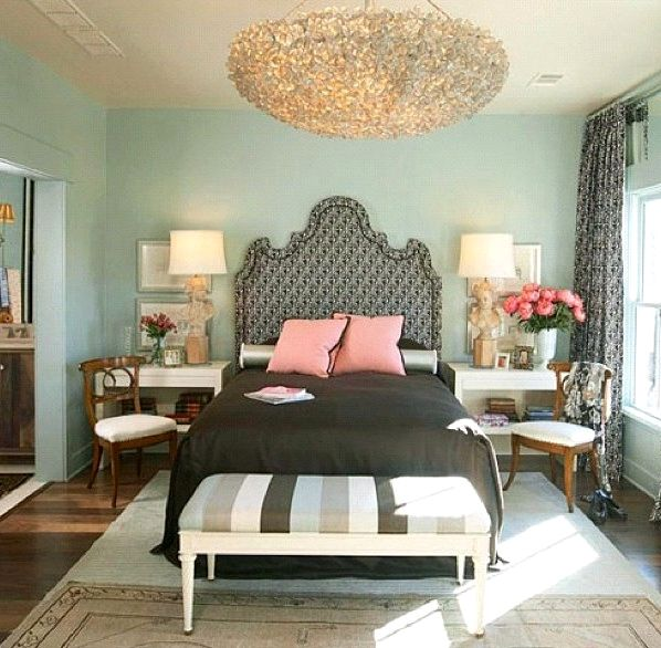 Как расставить мебель в спальне (19)