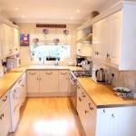 Фото 124: Кухня с буковой столешницей