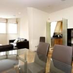 Фото 172: Прозрачный стол в гостиной