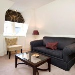 Фото 178: Черный диван в гостиной