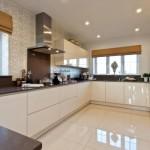 Фото 192: Белая мебель на кухне