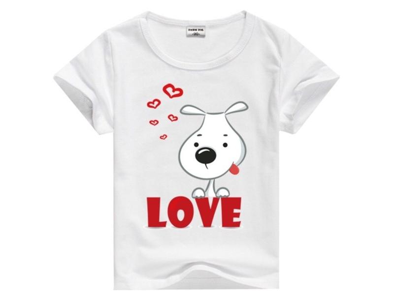 Собачка на футболке