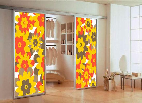 Декор раздвижных дверей для гардеробной: пленка