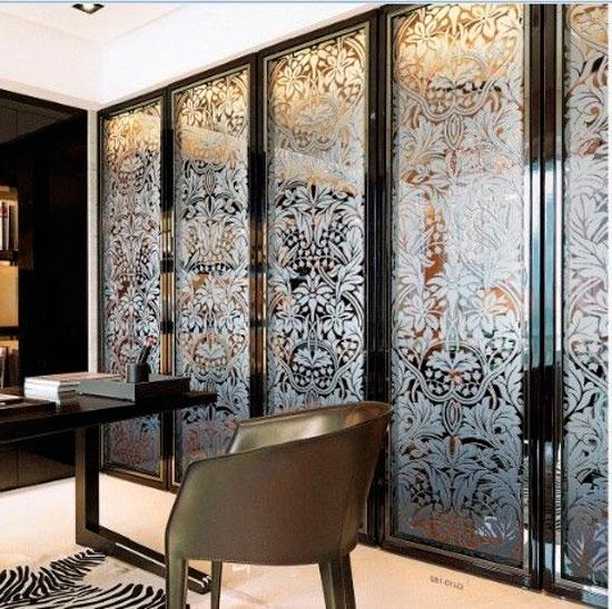 Декор раздвижных дверей для гардеробной: витраж