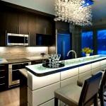 Барная стойка для кухни в современном интерьере