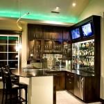 Барная стойка для кухни с телевизором
