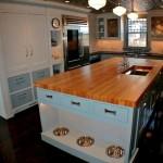 Фото 11: Миска для собак на встроенной кухне