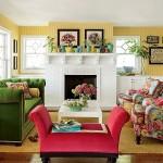 Фото 21: Красный стол с зеленым диваном