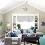 Фото 2: Угловой диван к комнате с покатым потолком