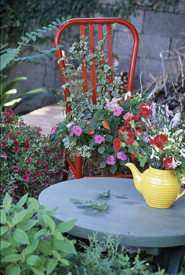 Декорирование цветами на даче
