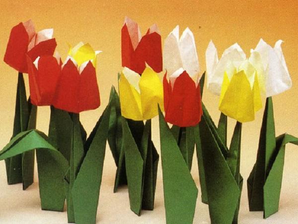 Бумажные тюльпаны со стеблями