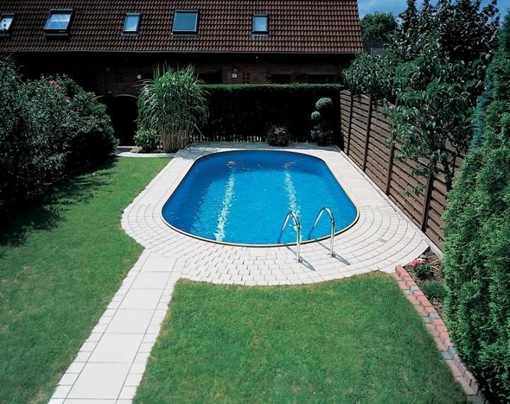 От правильного размещения бассейна на участке зависит удобство эксплуатации, обслуживания конструкции