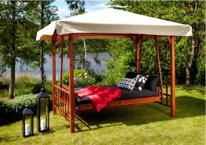 Оригинальные качели кровать для семейного отдыха