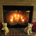 Фото 38: Камин со свечами