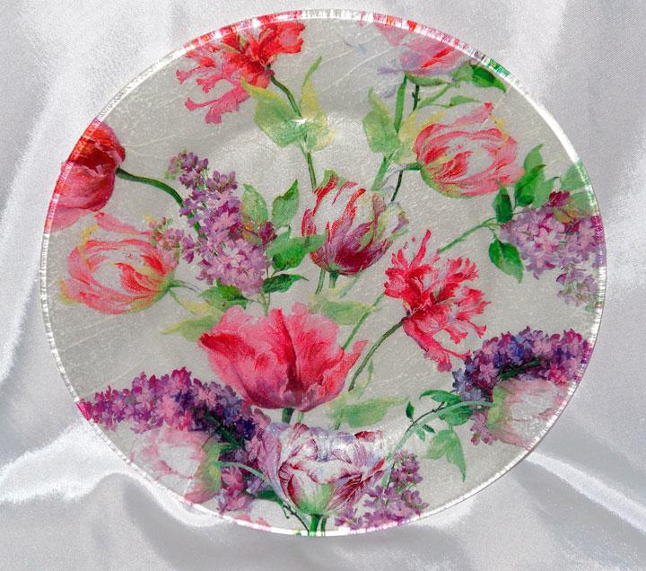 Декупаж на стеклянной тарелки