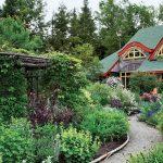 Фото 59: Густой сад около дома