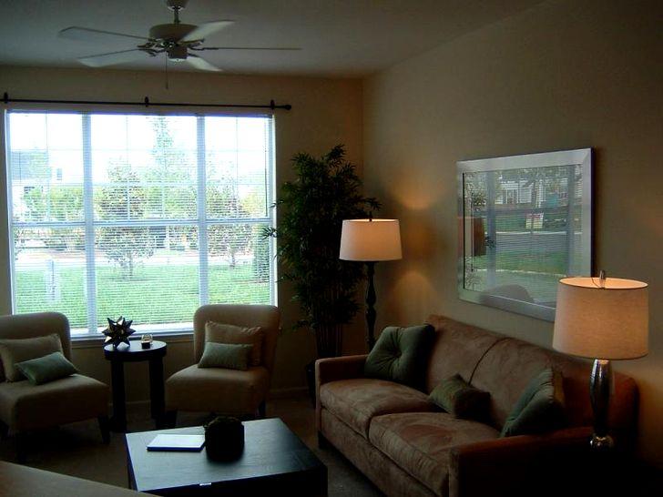 Дизайн зала в квартире фото 42