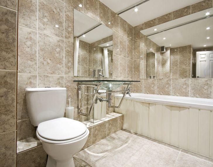 Керамическая плитка в классической ванной