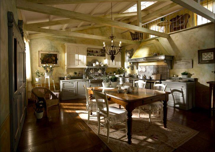 Нереальная крутая кухня в загородном доме