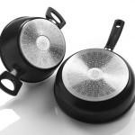 Фото 26: Две кастрюли с феромагнитным дном