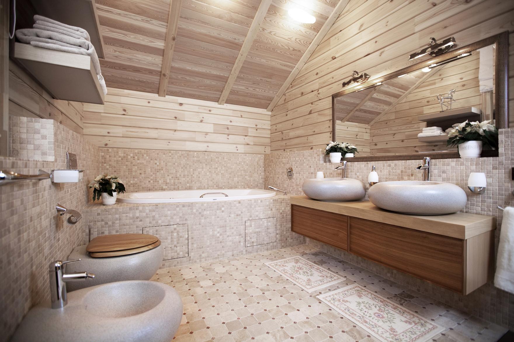 Отделка пола плиткой ванной в деревянном доме